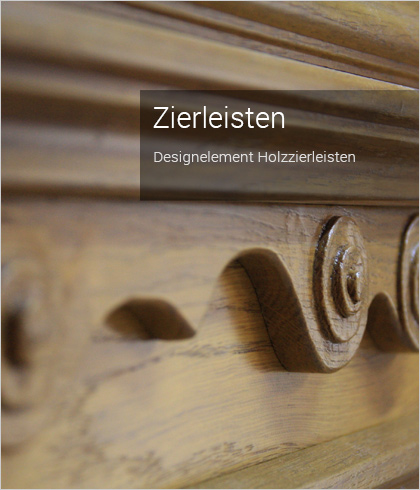 antike Hauseingangstüren aus Holz