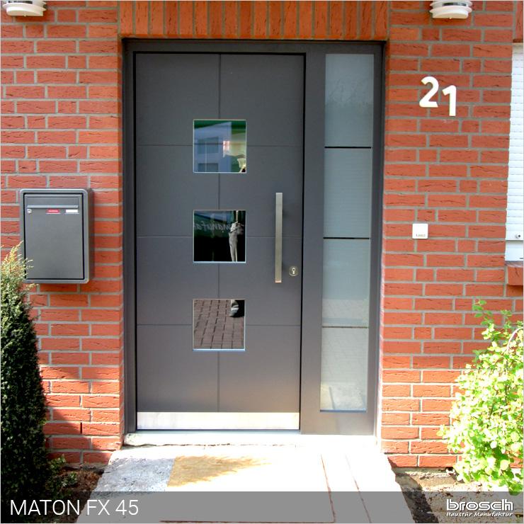 Aktuelle Türen grauv